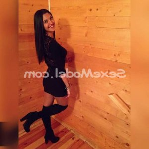 Khadia escort girl à Aussonne 31
