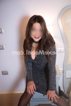 Francesca-maria massage érotique escort à Bayeux