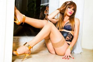 Bellina rencontre dominatrice escorte