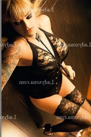 Nelcia escorte massage tantrique